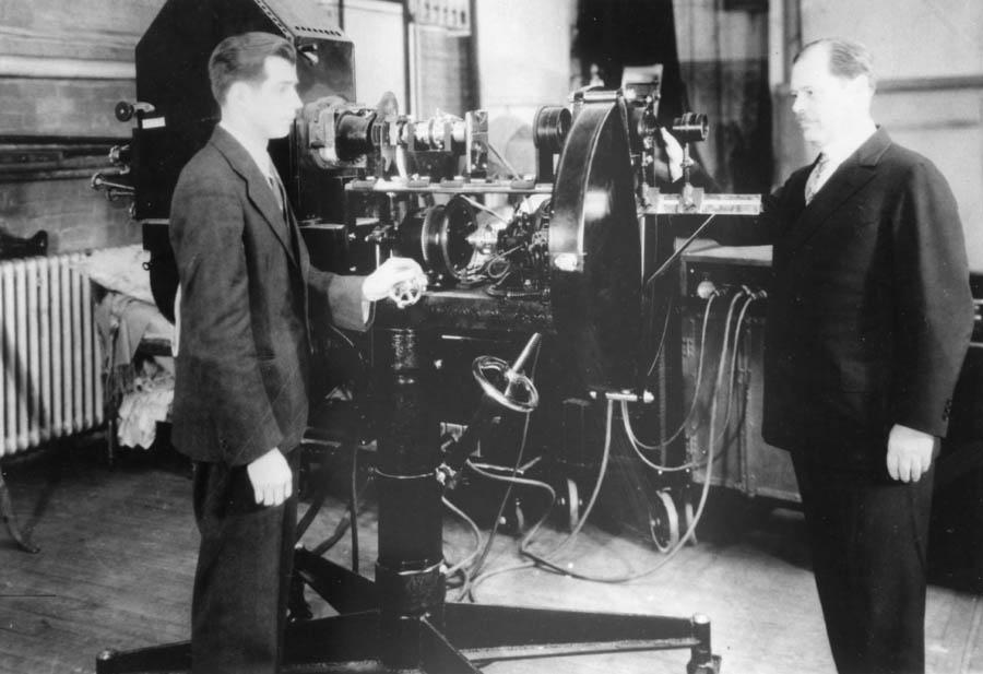 AlexFirstTVprojector1930 (1)
