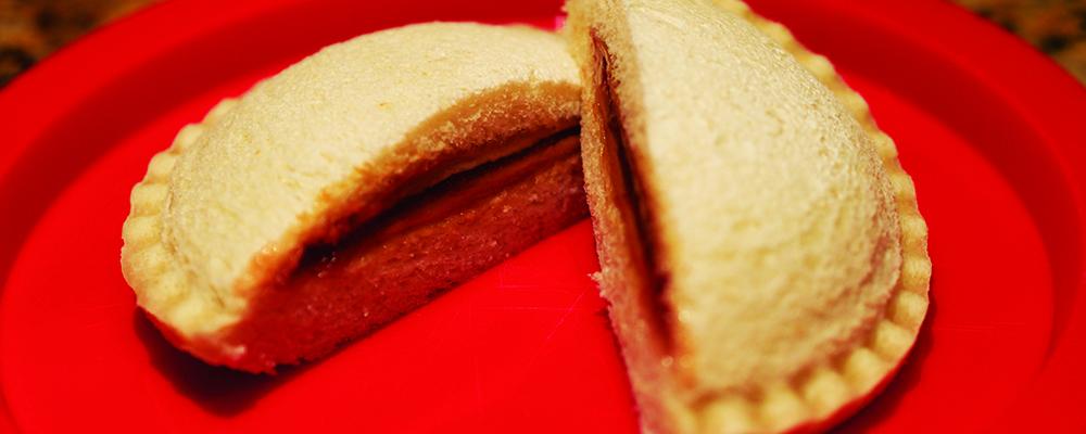 Sealed Crustless Sandwich (Image Credit - Wikimedia)